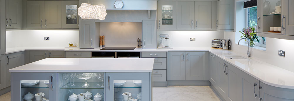Panoramic view of a modern kitchen by Inline Kitchens